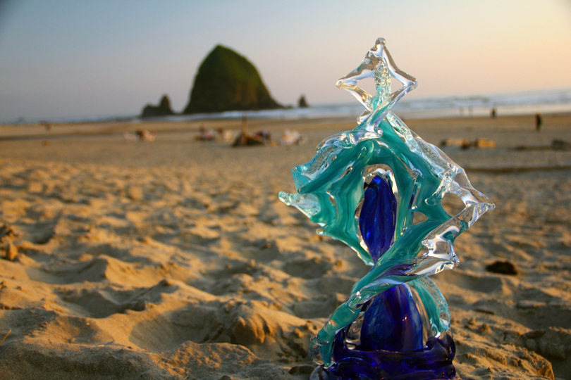 Flamenco Glass Wave Sculpture on the Beach - David Wight Glass Art